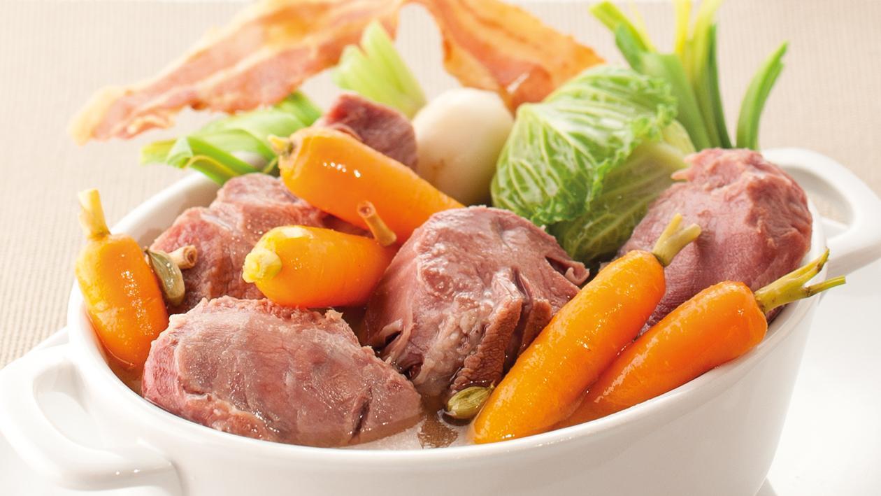 Pot au feu Breton de cochon de lait et lard grillé  – Recette