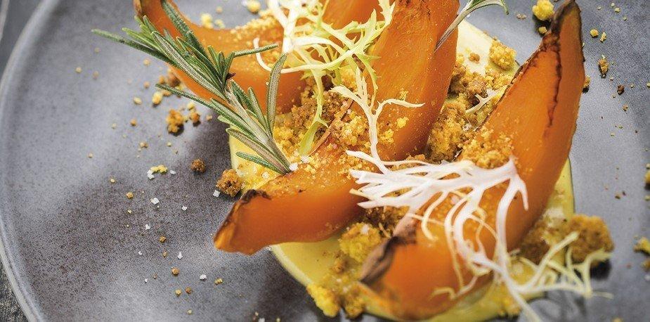 Potimarron fondant, crème au gingembre et Moutarde au Miel, crumble – Recette