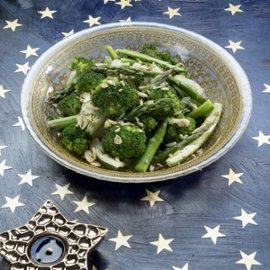 סלט ירקות ירוקים מאודים / מוקפצים