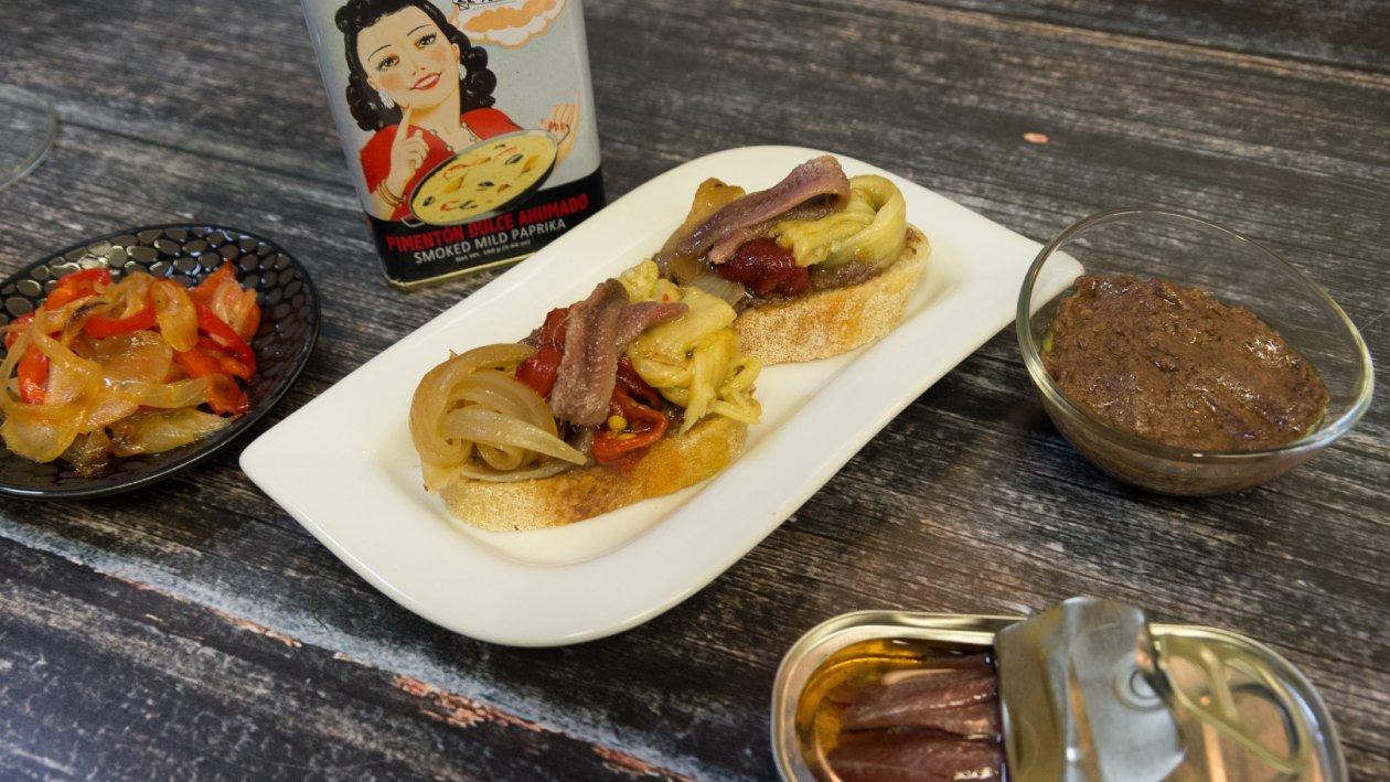 אסקליבדה - לחם קלוי עם שמן זית, אנשובי וירקות קלויים – פוקי בול מתכון להכנת קערת פוקי, מזון רחוב של הוואי אצלכם בצלחת > מתכוני השראה לשפים