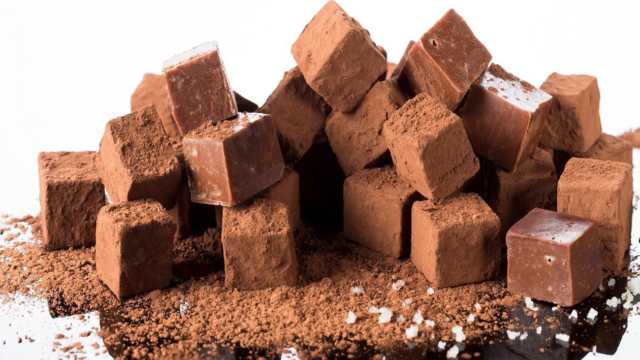 טופי שוקולד נוגט בנגיעות מלח – מתכון