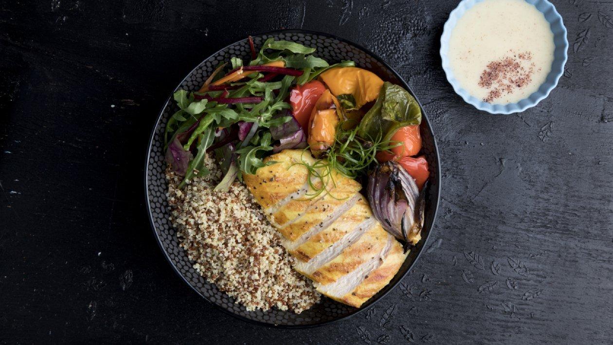 סיטי בול קינואה בשני צבעים עם ירקות קלויים – פוקי בול מתכון להכנת קערת פוקי, מזון רחוב של הוואי אצלכם בצלחת > מתכוני השראה לשפים