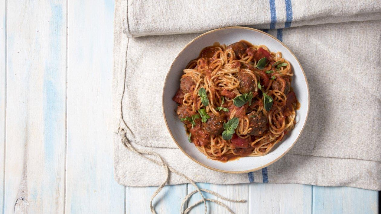 ספגטי מיטבולס ברוטב עגבניות – פוקי בול מתכון להכנת קערת פוקי, מזון רחוב של הוואי אצלכם בצלחת > מתכוני השראה לשפים