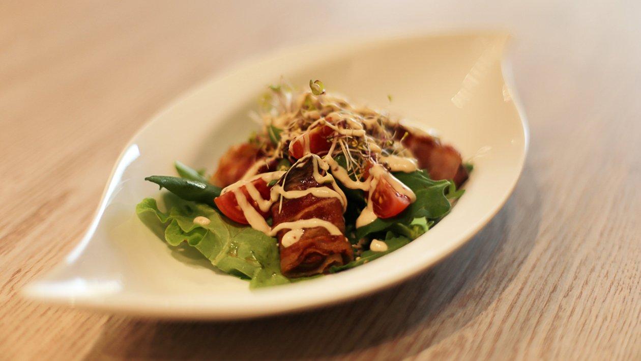 Pileća jetra u panceti na lisnatim salatama s dresingom od senfa