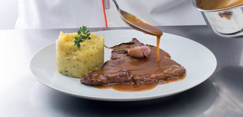 KNORR Barna mártás 1 kg - Autentikus ízt, színt és állagot biztosít.