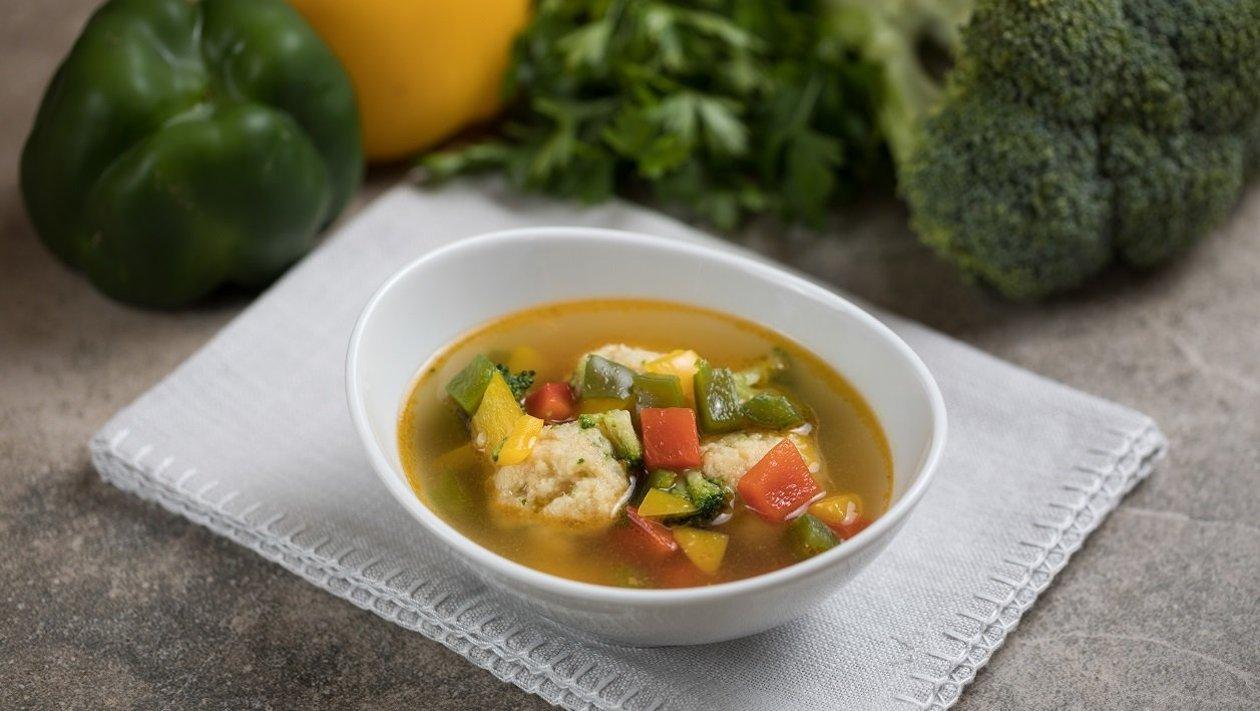 Halgombócleves zöldségekkel (felnőtt, allergénmentes alappal)