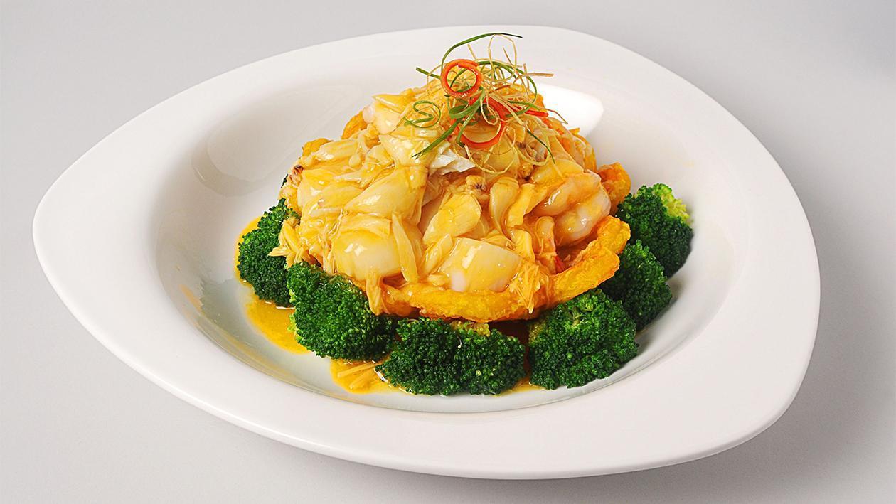 Abalone, Jamur & Brokoli Saus Tiram