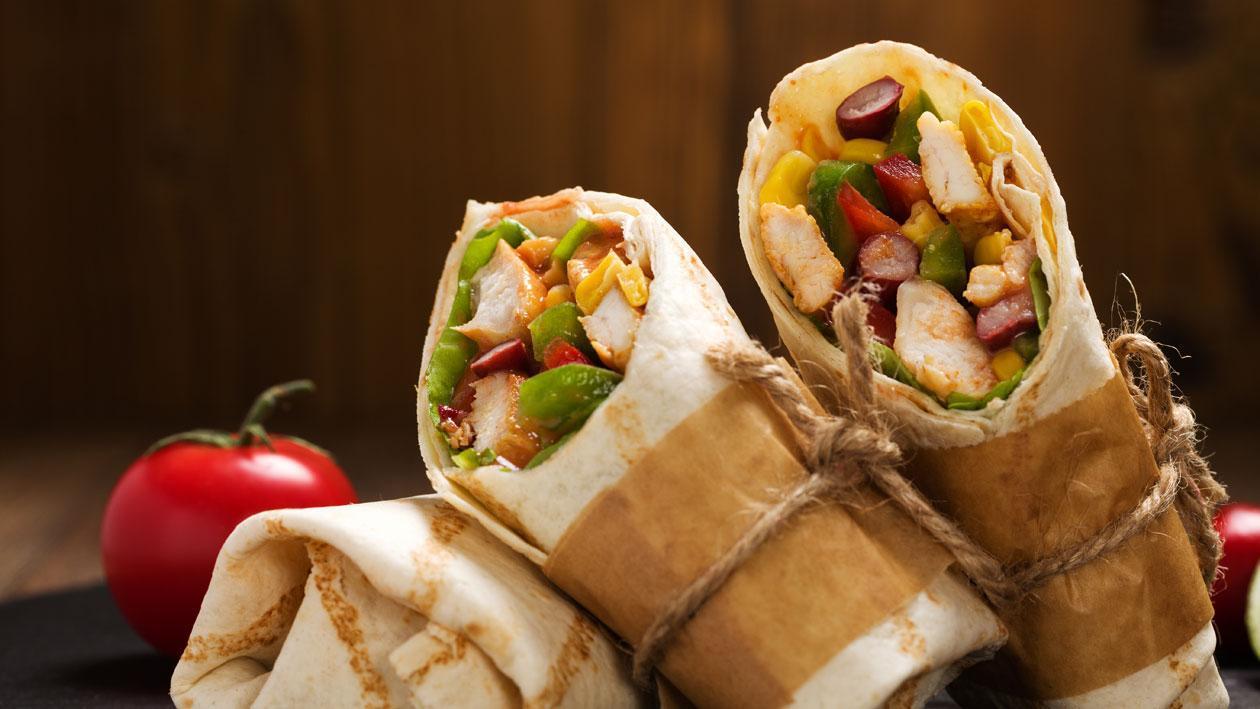 Burrito Isi Ayam dan Kacang Hitam
