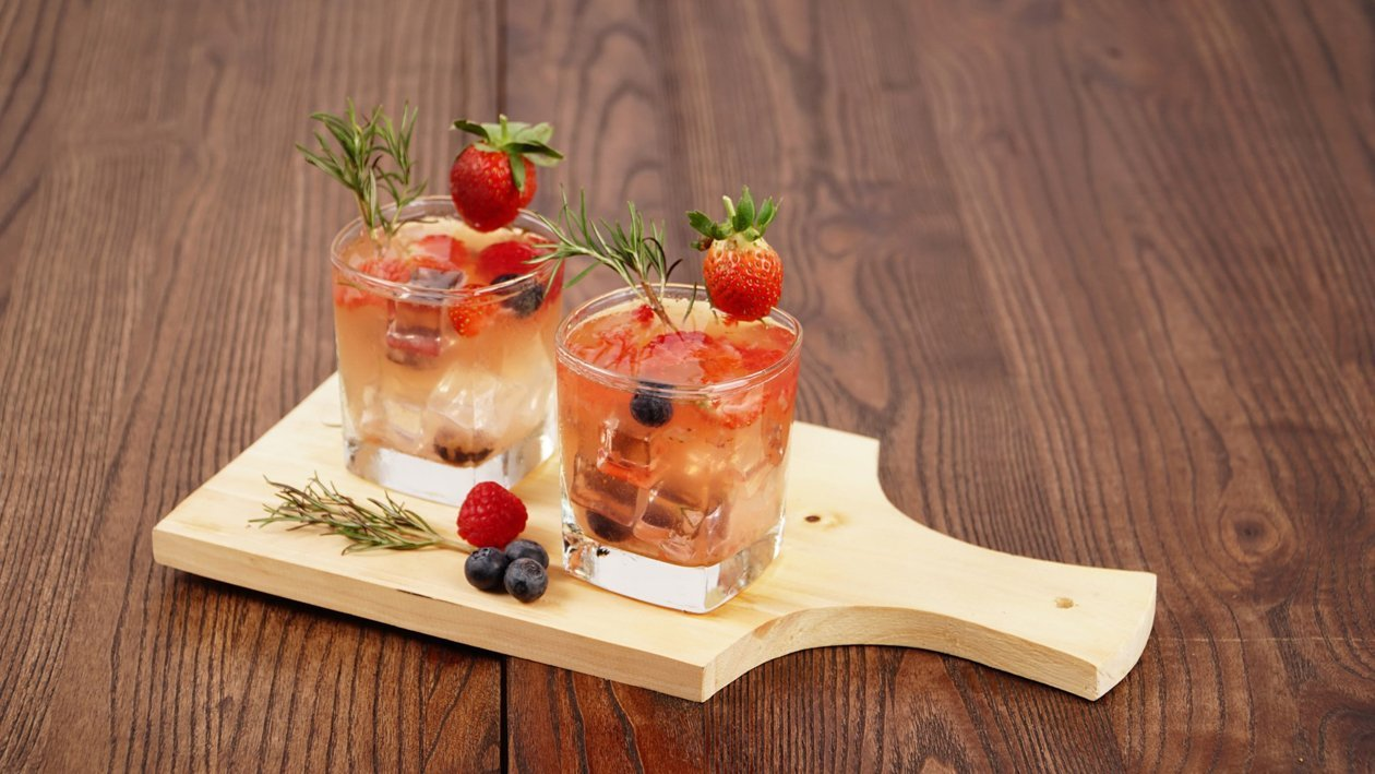 Rosemary Berry Infusion
