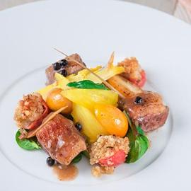 Anatra confit con supreme pomodorino gratinato e finocchietti allo zafferano