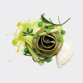 Bocciolo di sfoglia verde con mousse di latte di bufala e parmigiano