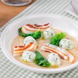 Crema di carciofi con gnudi di spinaci e pancetta essiccata