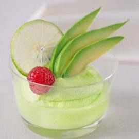 Sorbetto al limone, avocado e menta