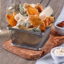 Triglie fritte in polenta con tofu in tempura