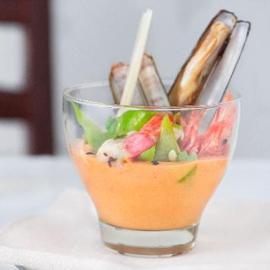 Zuppa cremosa ai gamberi con taccole e lemon grass