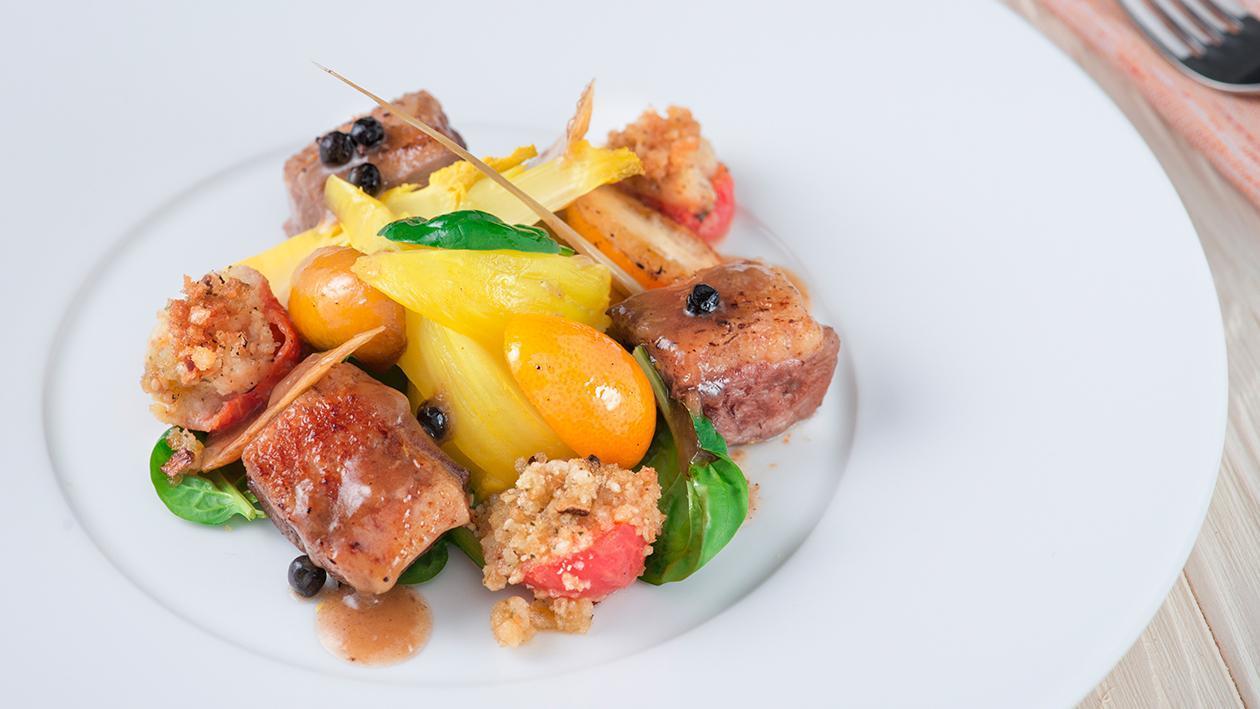 Anatra confit con supreme pomodorino gratinato e finocchietti allo zafferano – Ricetta