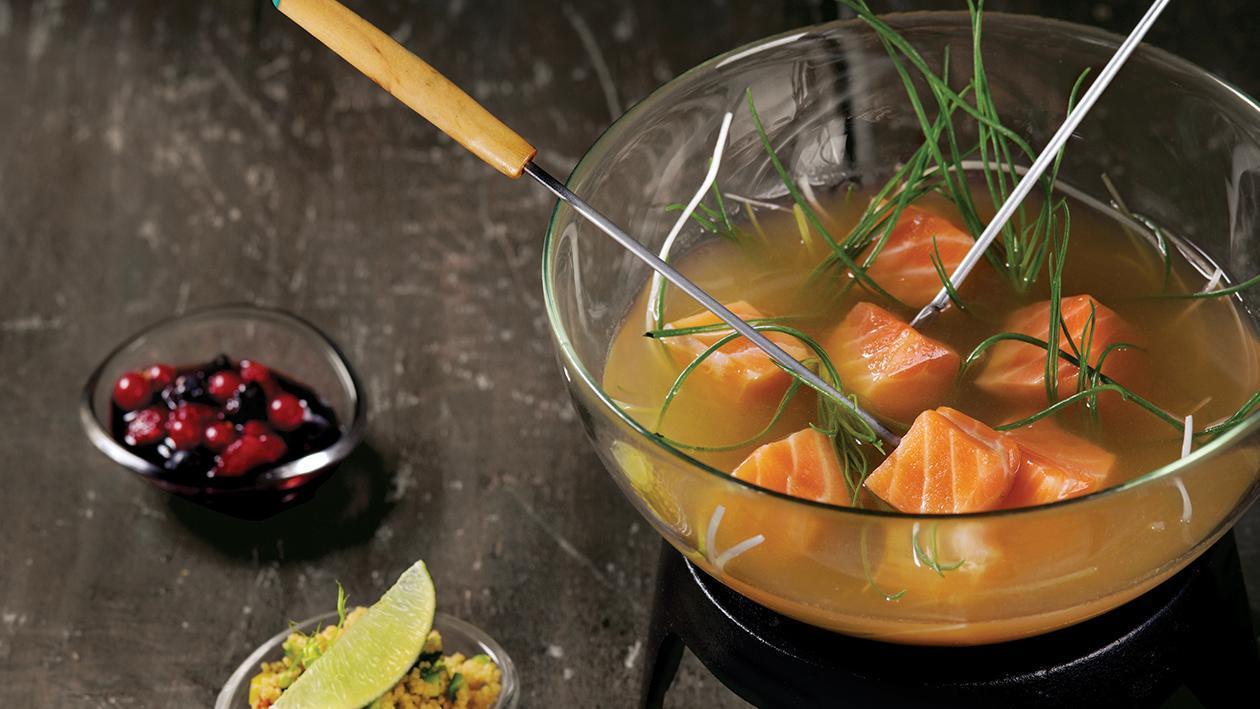 Bourguignonne di salmone, composta di mirtilli e Cous Cous agli agrumi – Ricetta