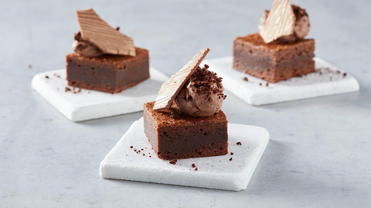 brownie alla patata dolce e mousse al cioccolato aromatizzata allo zenzero – Ricetta