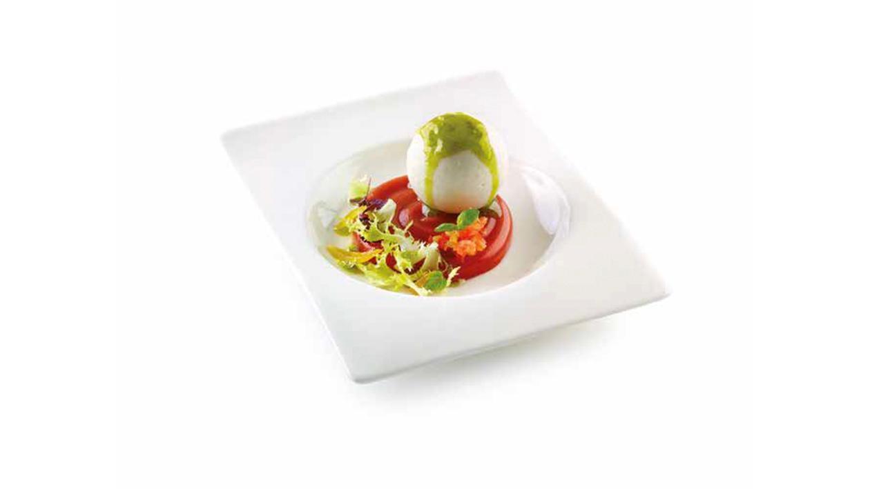 Caprese liquida con mozzarella, pomodoro e basilico – Ricetta