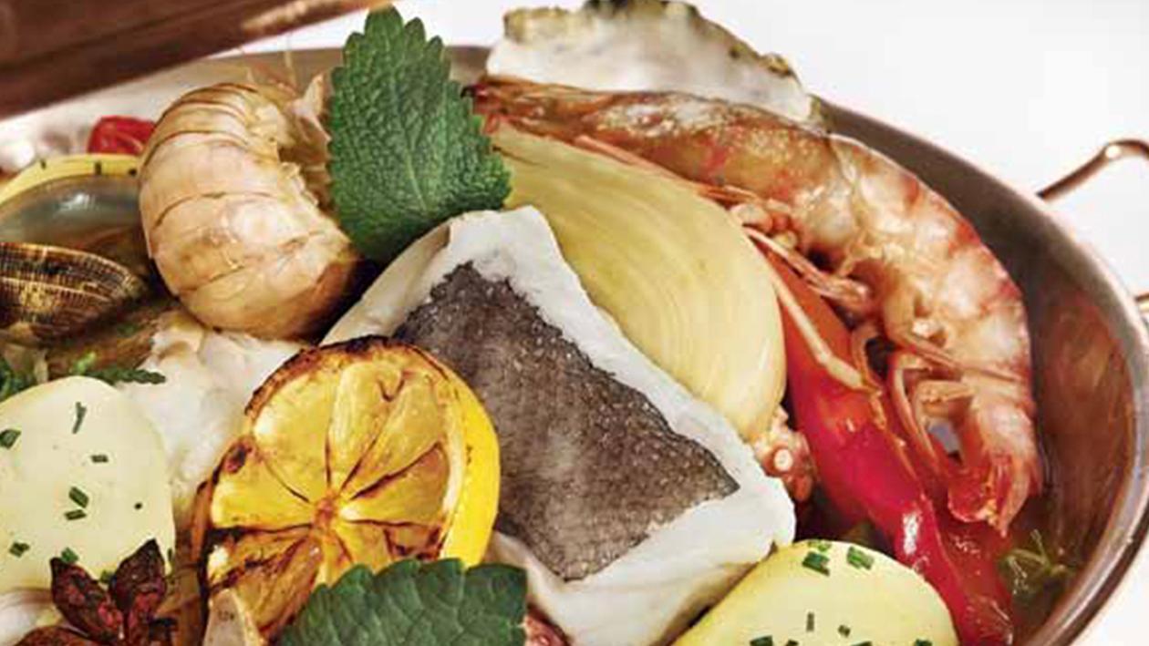Cataplana di baccalà, limone al sale con verdure novelle – Ricetta