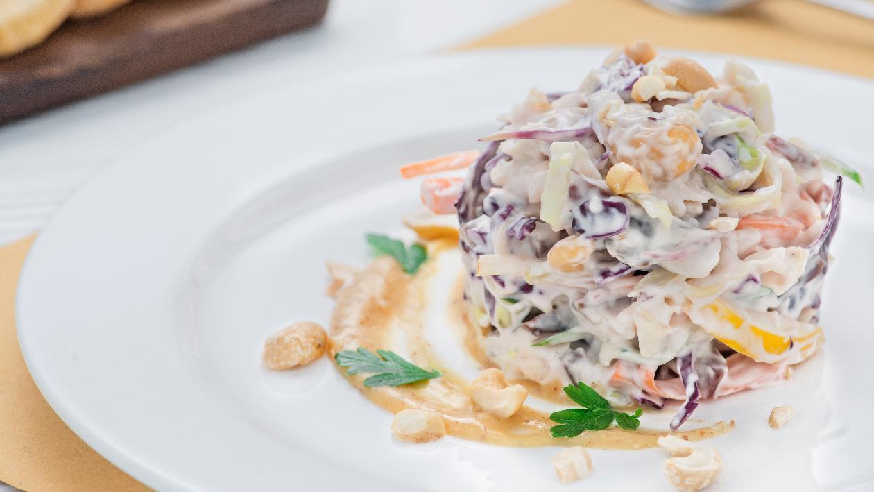 Coleslaw rivisitata (insalata di cavolo cappuccio) – Ricetta