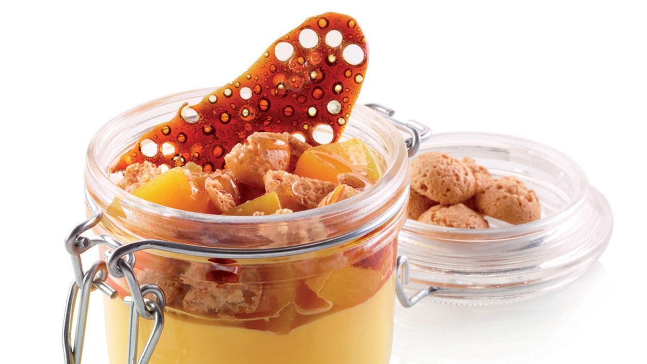 Crema catalana con pesche e amaretti – Ricetta