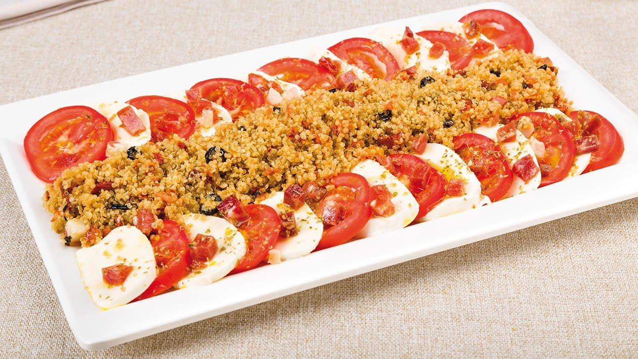 insalata caprese con quinoa alla mediterranea e cubetti di prosciutto di parma – Ricetta