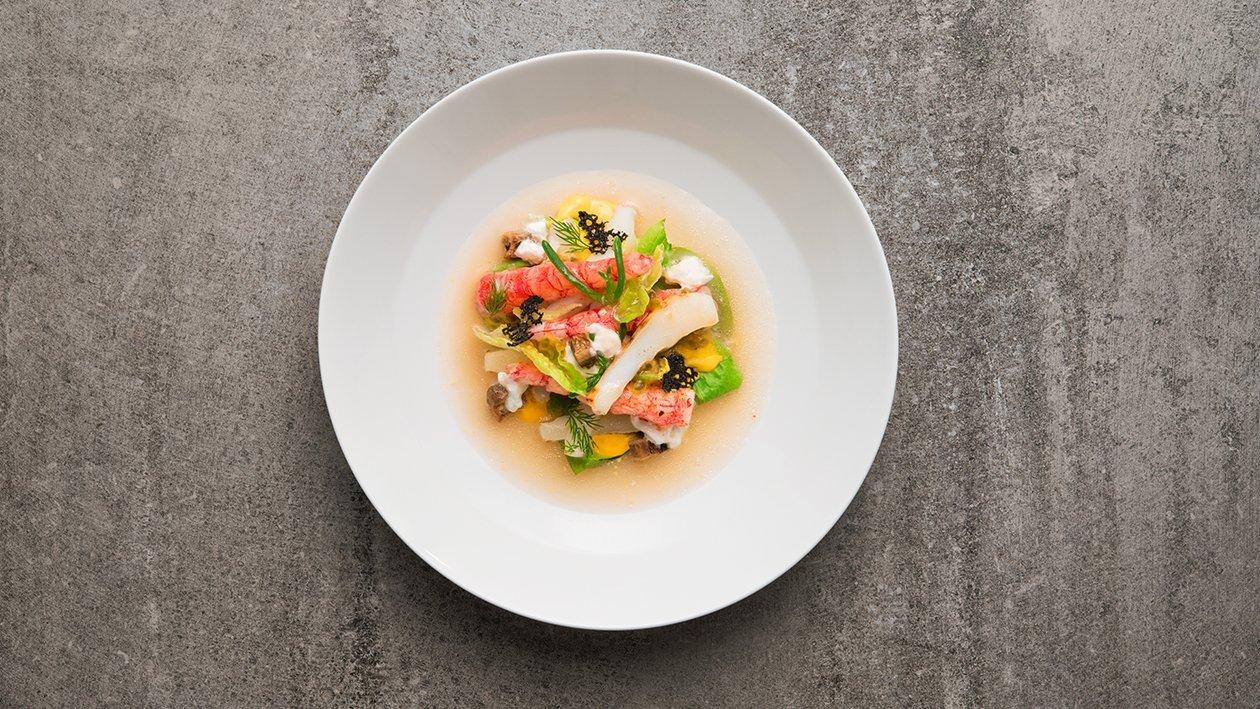 Insalata tiepida di gamberi rossi e seppie grigliate al profumo di basilico con salsa al passion fruit – Ricetta