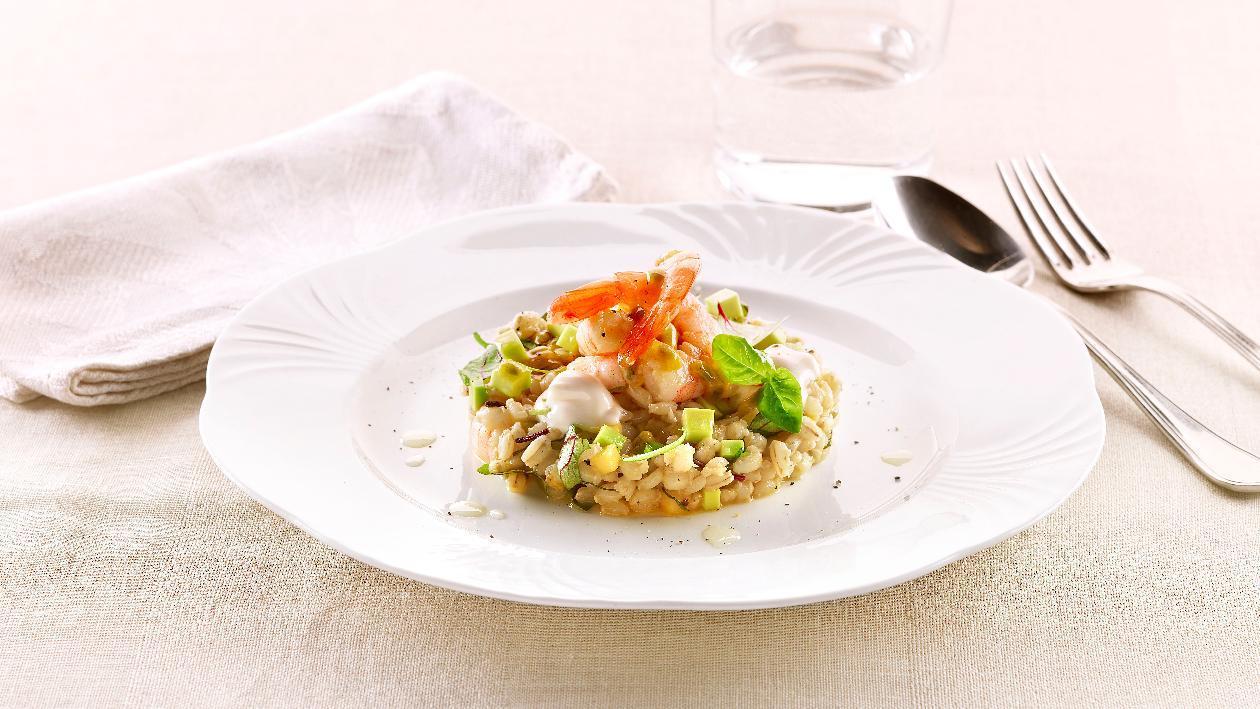 Insalatina di grano e avocado con gamberi al passion fruit e maionese al lime – Ricetta