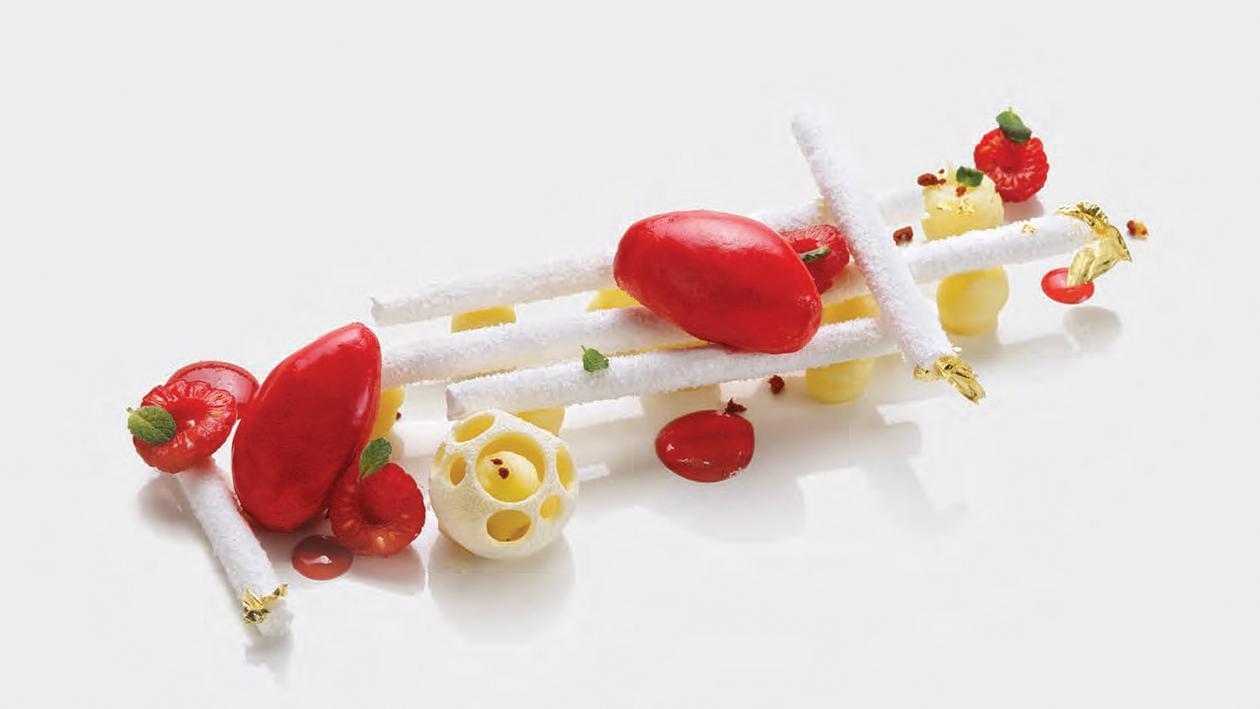 Mont-rouge: Meringa francese, sorbetto ai frutti di bosco, cremoso al latte – Ricetta