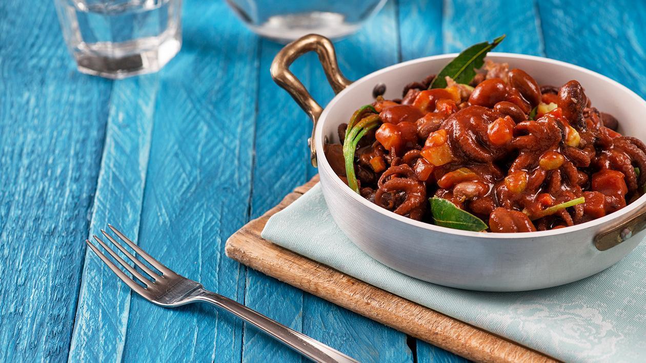 Moscardini alla Luciana con salsa soia e fagioli borlotti – Ricetta
