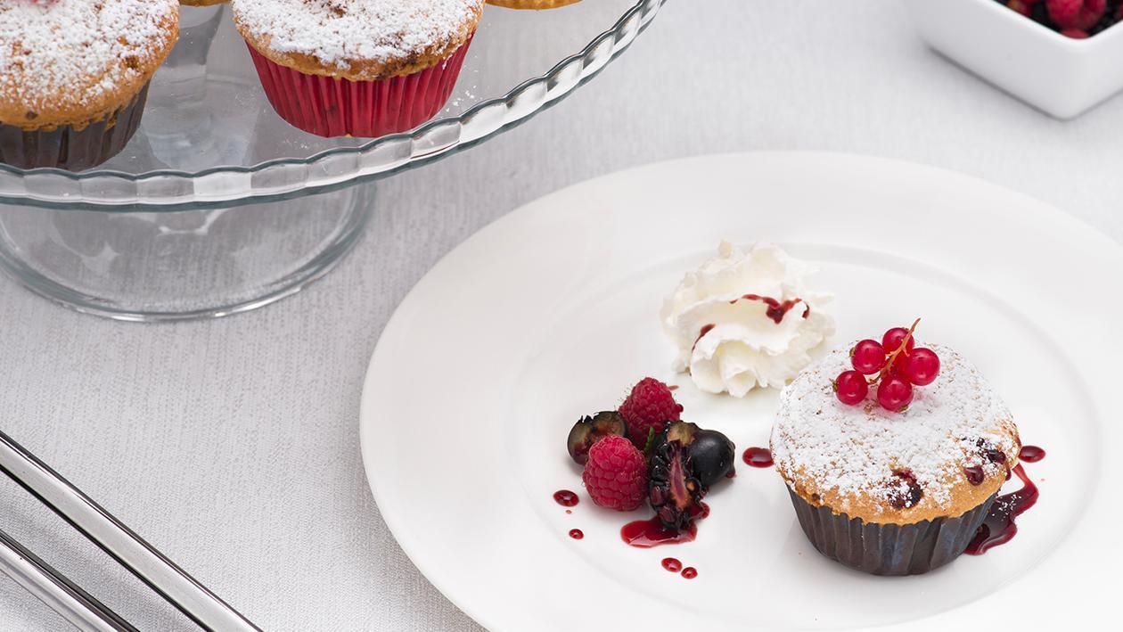 Muffin ai frutti di bosco e panna – Ricetta