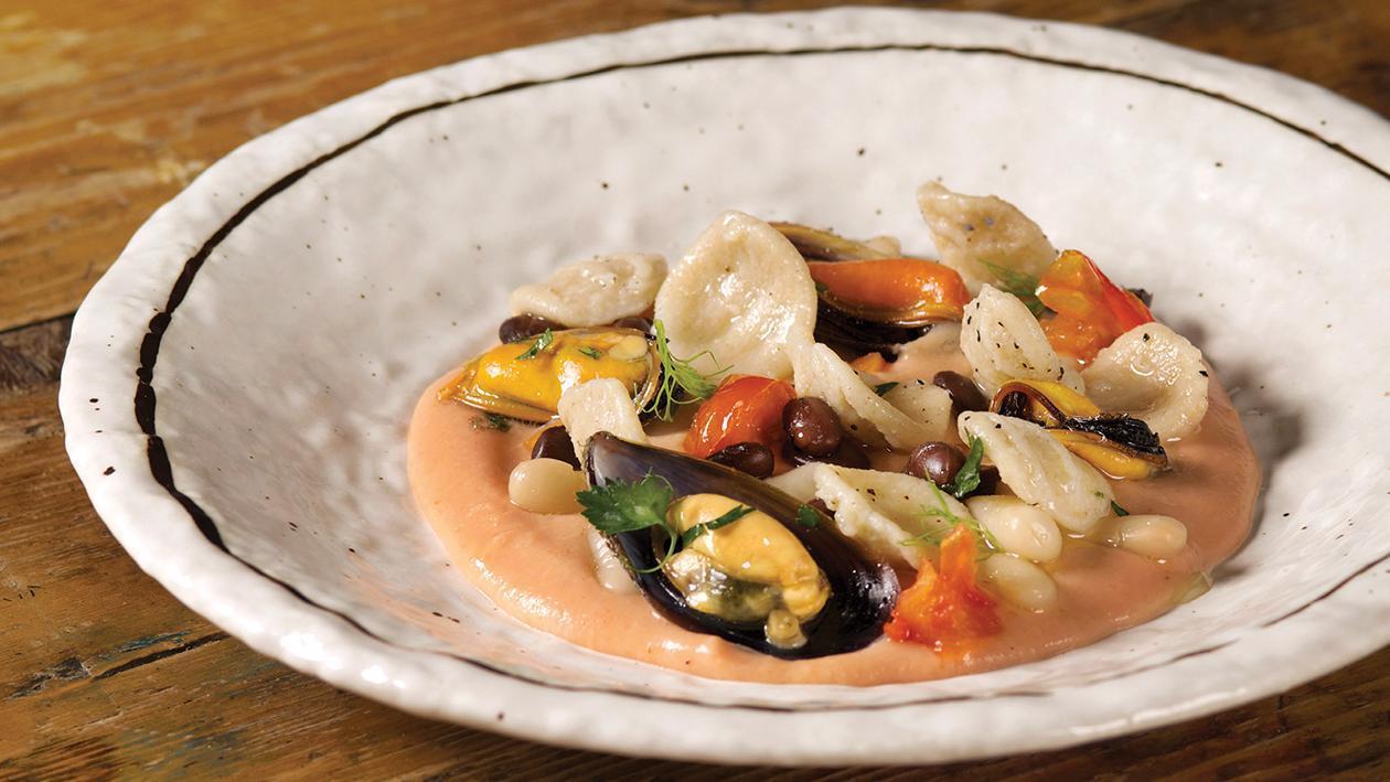 Orecchiette in zuppa di fagioli e cozze profumate al rosmarino – Ricetta