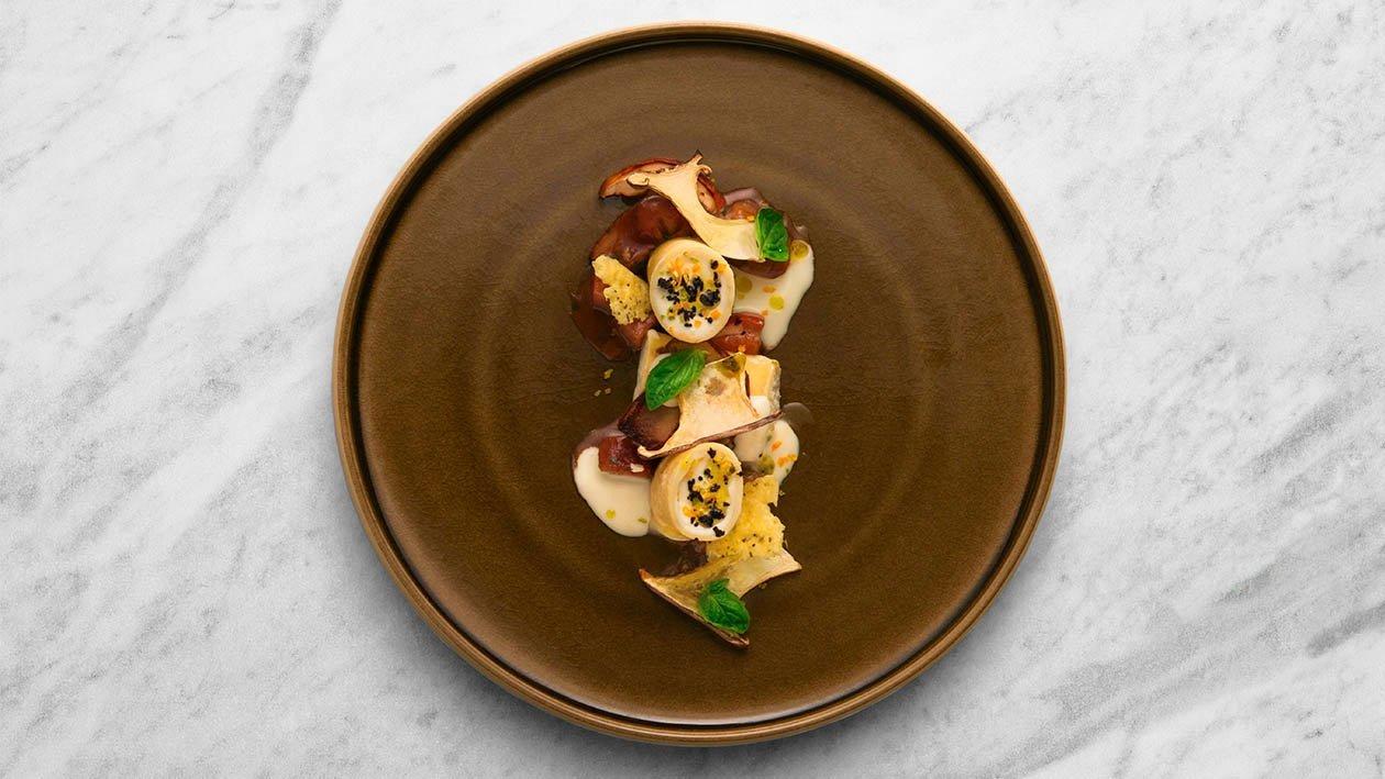 Paccheri farciti con ricotta e cedro in salsa ai funghi porcini estivi e olio agrumato al basilico – Ricetta