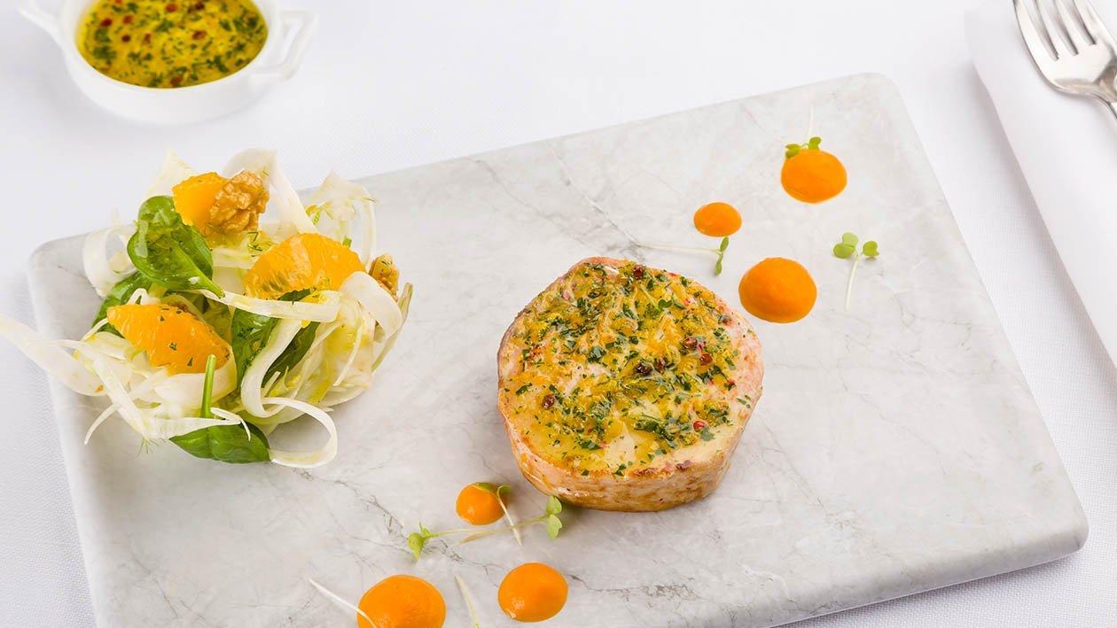 Pesce spada agrumato su crema di carote e arancia, carpaccio di finocchi, germogli di spinaci e gherigli di noci – Ricetta