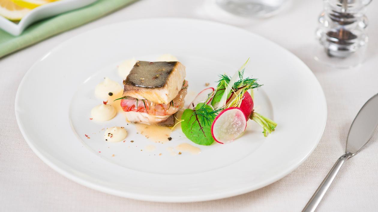 Sandwich di ricciola con gamberi rossi e purè di patate al limone – Ricetta