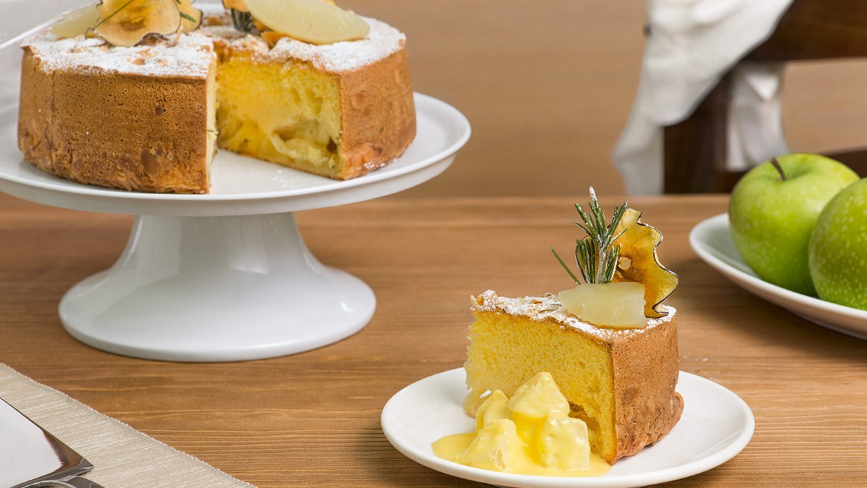 Torta di mele, mandorle e rosmarino – Ricetta