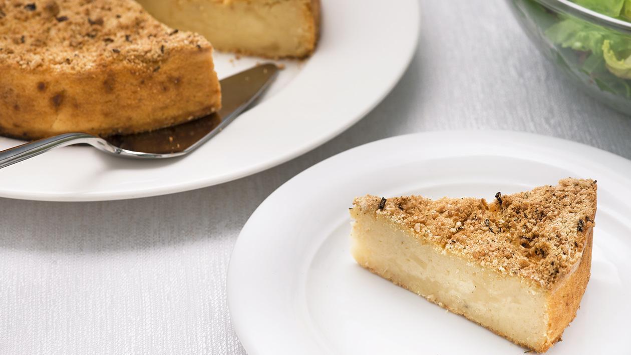 Torta di patate, cipolla e formaggio filante – Ricetta