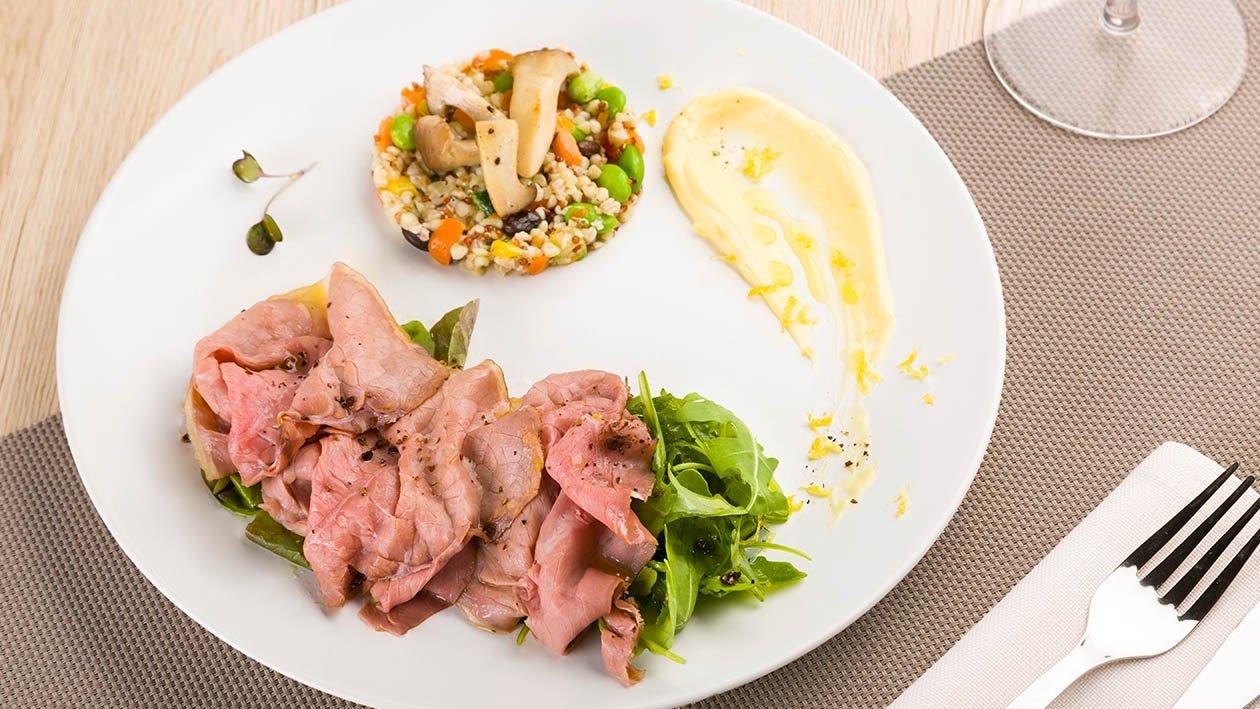 veli di manzo al ginepro con insalatina di grano saraceno e maionese aromatizzata al limone – Ricetta