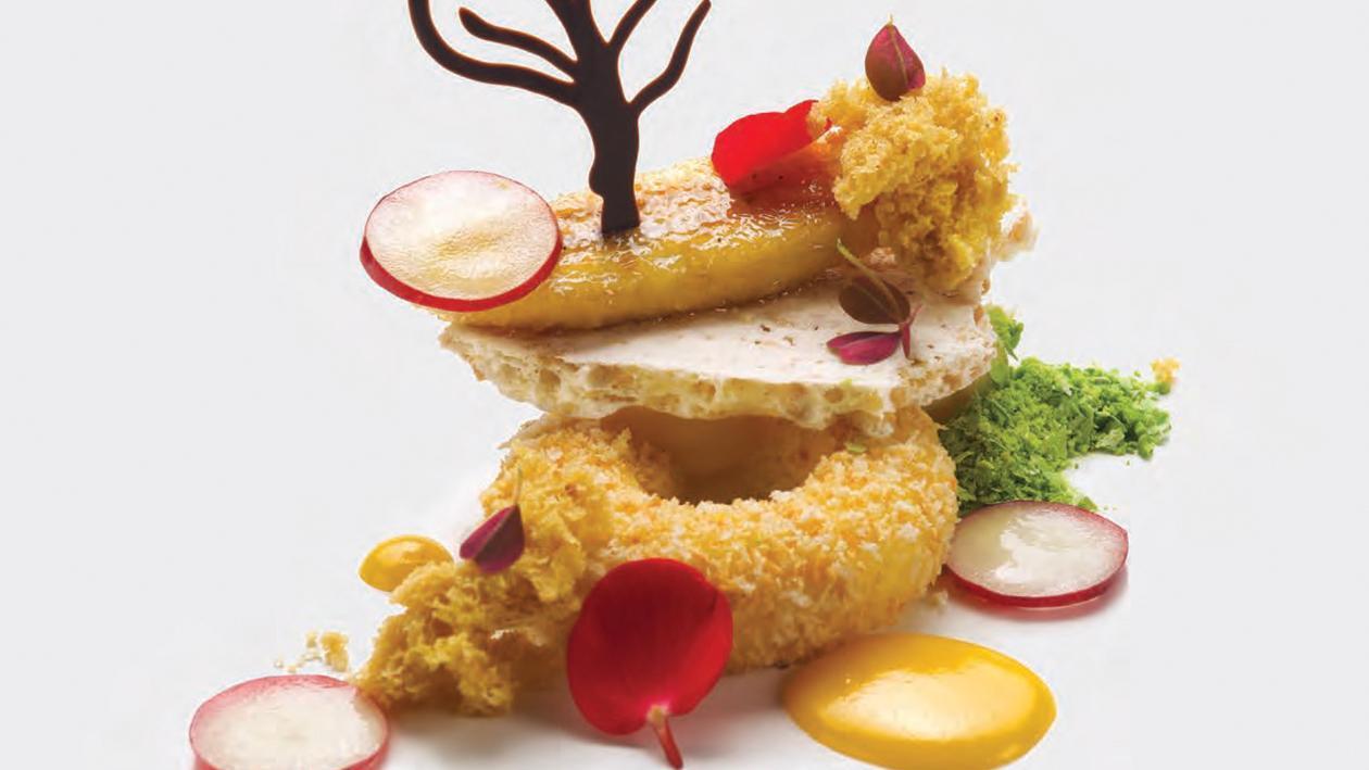Wood: Crema fritta alla vaniglia, sponge cake alla nocciola, meringa giapponese alle arachidi e banana brulé – Ricetta