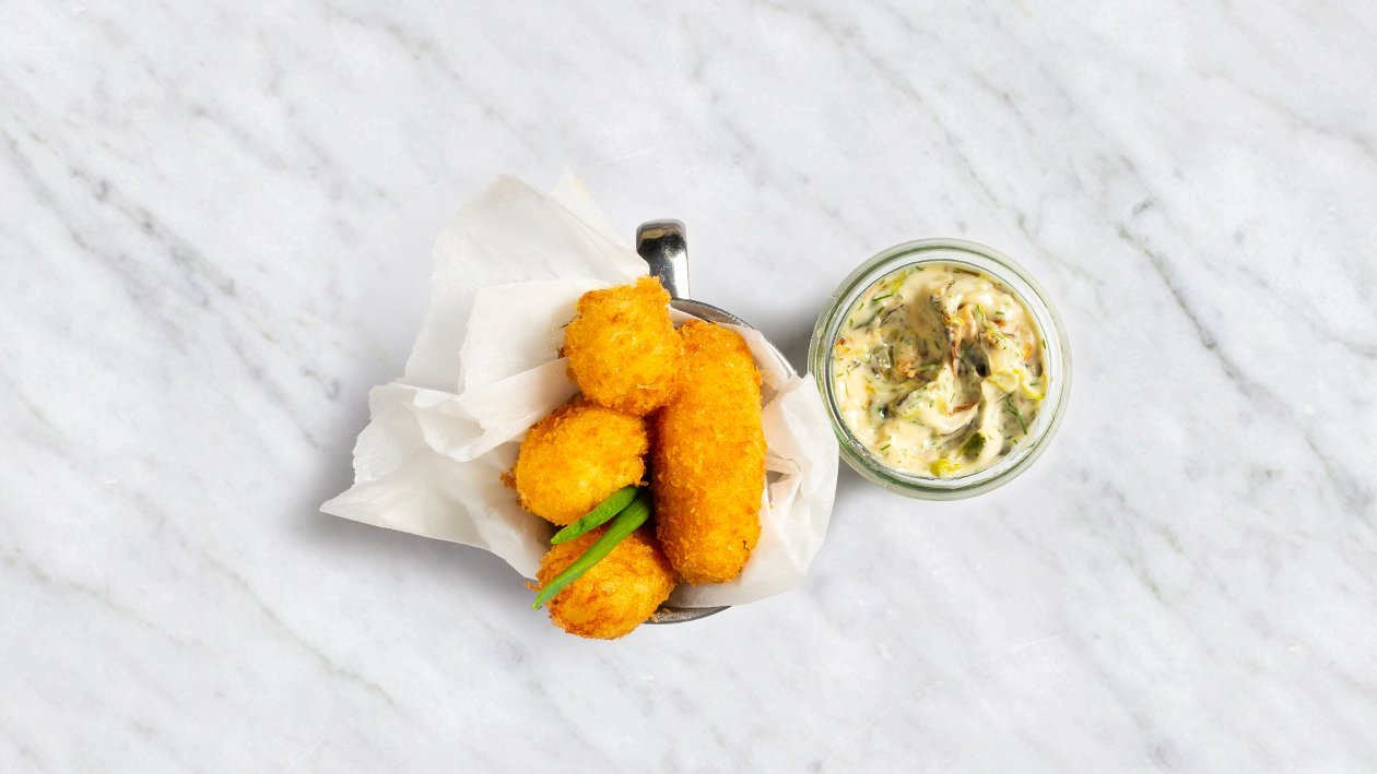 Gruzdinti bulvių kamuoliukai su degintais svogūnais – Receptas