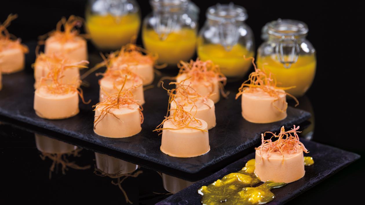 Morkų Panna Cotta su apelsinų uogiene – Receptas