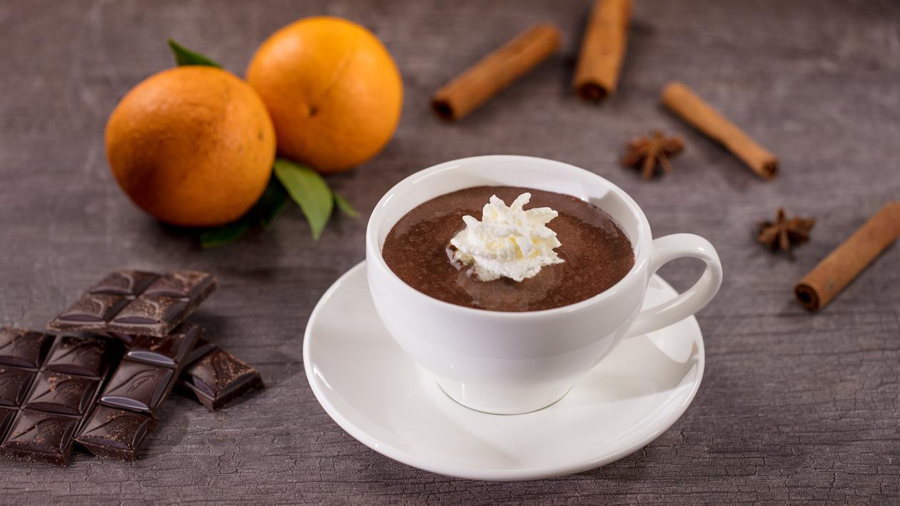 Karstā šokolāde ar apelsīnu miziņām – Recepte