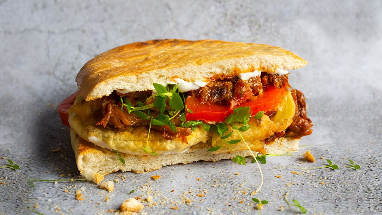 Plūkātas cūkgaļas panini – Recepte