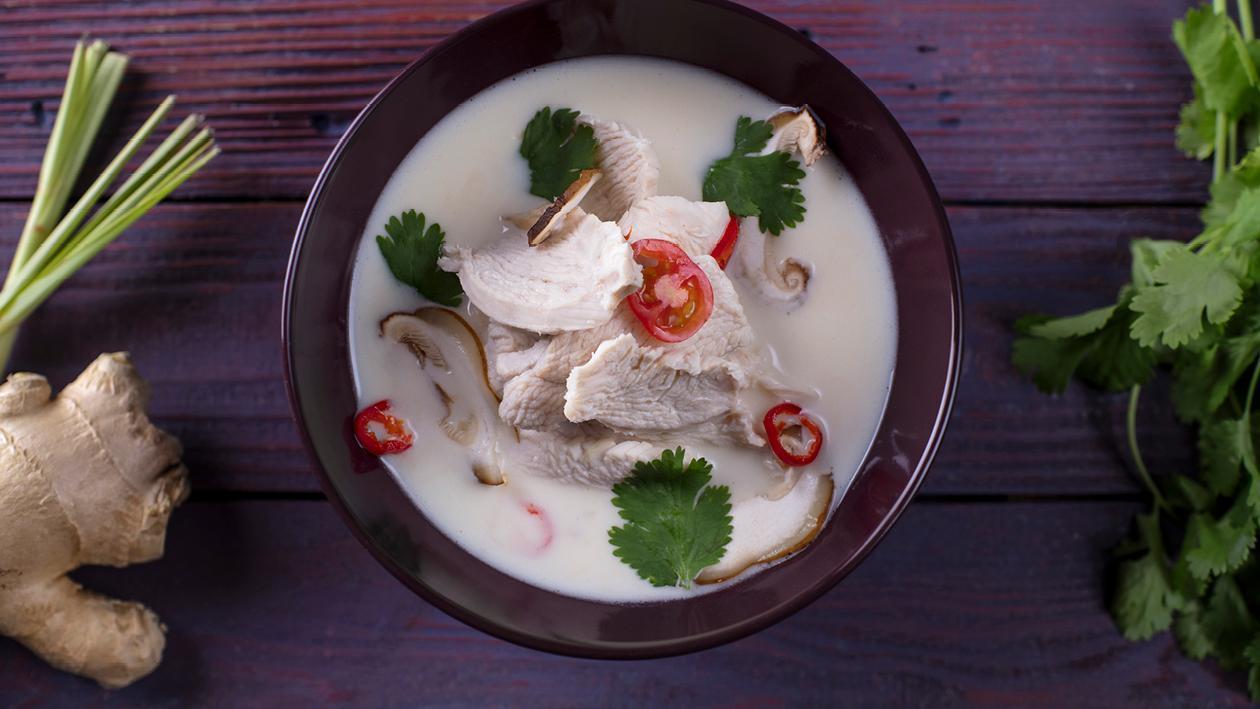 Tom Kha – Taizemiešu kokosriekstu zupa ar vistu – Recepte