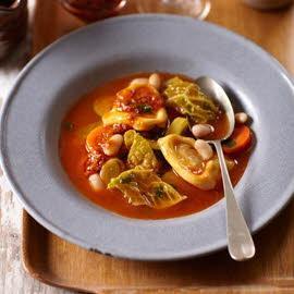 Minestronesoep uit Italië met tortellini en rode pesto - Knorr
