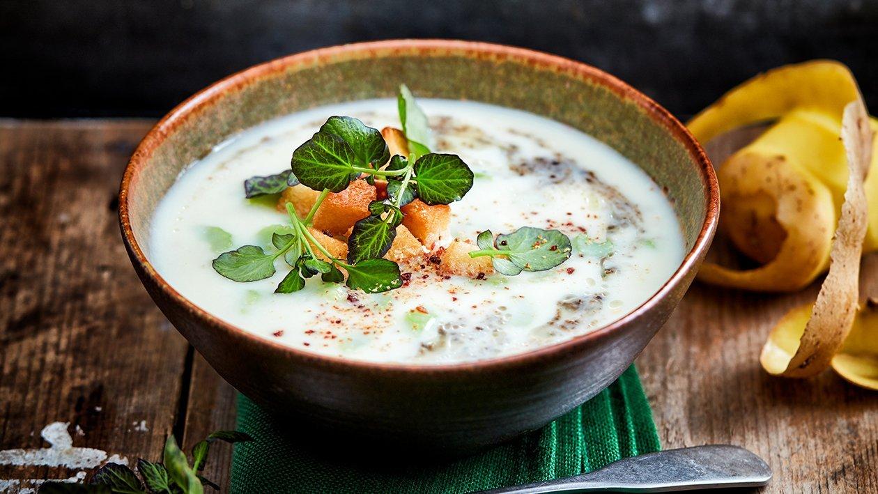 Aardappeltruffel soep met bleekselderij