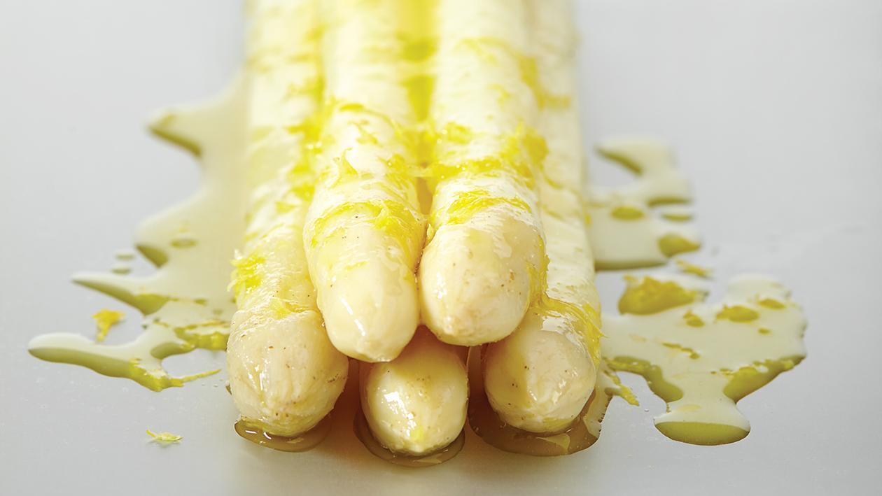 Asperges sous-vide met citroen