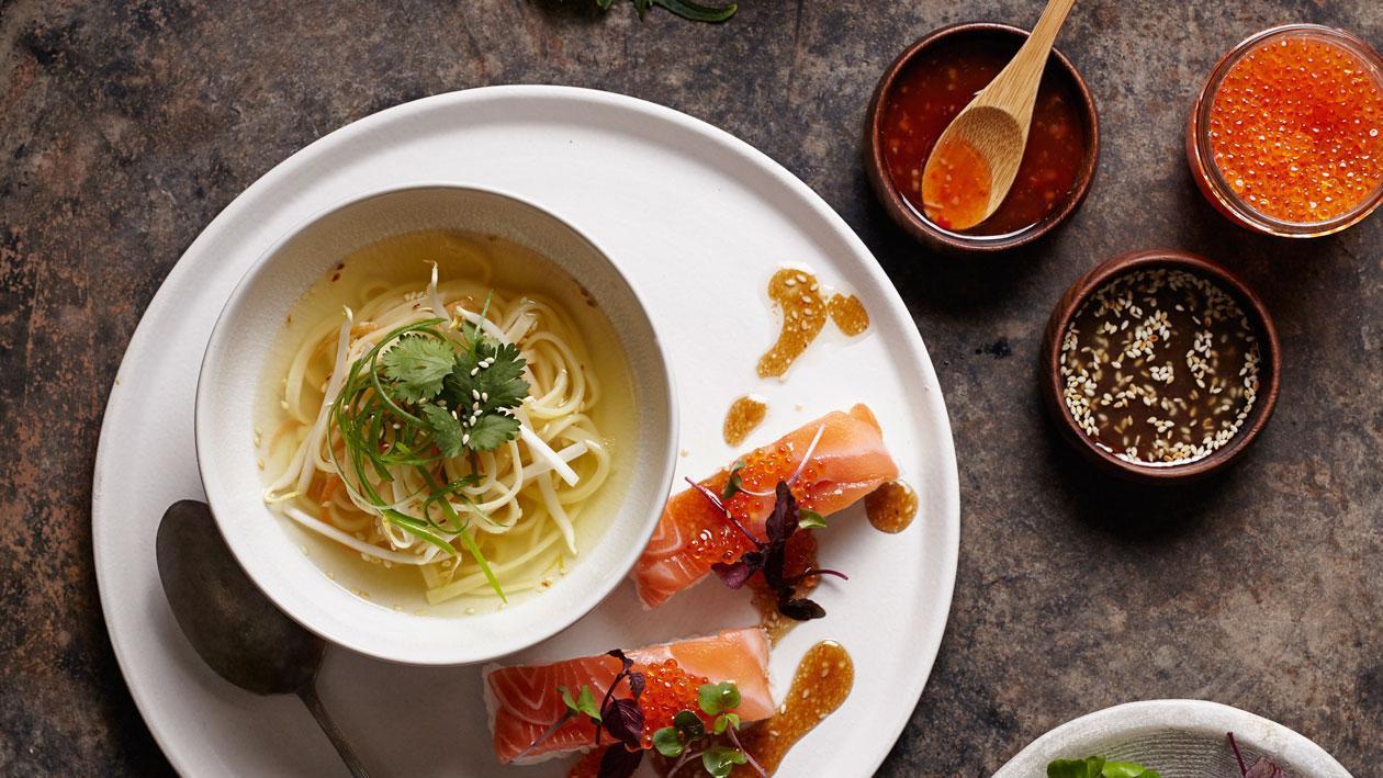 Aziatische bouillon met sushi - Unox