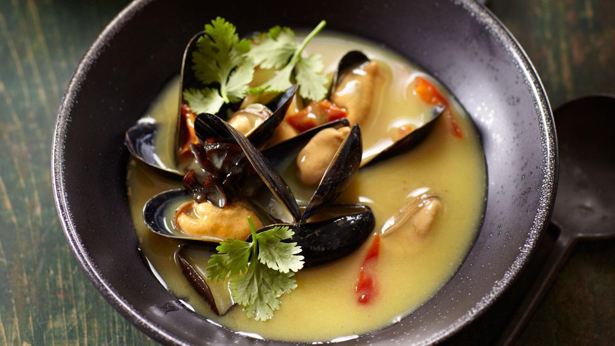 Kerriesoep uit Java met Zeeuwse mosselen en koriander - Knorr Supérieur
